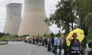 Βέλγιο: Ανθρώπινη αλυσίδα 90 χιλιομέτρων με αίτημα το κλείσιμο των πυρηνικών σταθμών στην χώρα
