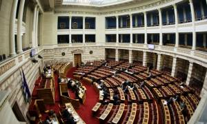 Βουλή: Τροπολογία από τη ΝΔ για την άμεση καταβολή των δεδουλευμένων στους συμβασιούχους