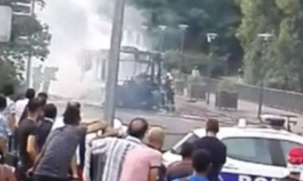 Έκρηξη σε λεωφορείο στο Παρίσι (pics+vid)