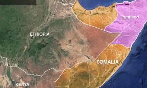 Συναγερμός: Έκρηξη σε πλοίο ανοιχτά των ακτών της Σομαλίας