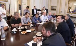 Σκουπίδια απεργία: Τι πρότεινε η κυβέρνηση στην ΠΟΕ - ΟΤΑ - Σε λίγη ώρα η απόφαση