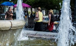 Καύσωνας - Πειραιάς: Αυτοί είναι οι κλιματιζόμενοι χώροι για τους πολίτες