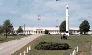 Συναγερμός σε στρατιωτική βάση της Αλαμπάμα - Πληροφορίες για ένοπλο (pics)