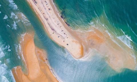 Απίστευτο: Νησί αναδύθηκε από το πουθενά - Πού θα το βρείτε (photo)