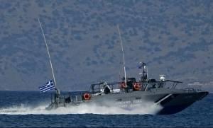 Χανιά: Συναγερμός στη θάλασσα - Εντοπίστηκε ξύλινο ιστιοφόρο με 120 πρόσφυγες