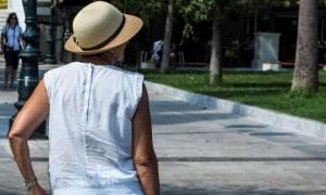 Καιρός – καύσωνας: Ποια είναι τα συμπτώματα που χτυπούν «καμπανάκι»