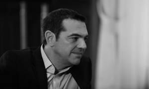 Ο Τσίπρας ονειρεύεται έξοδο στις αγορές και επιμένει: Θα πάμε με το σπαθί μας