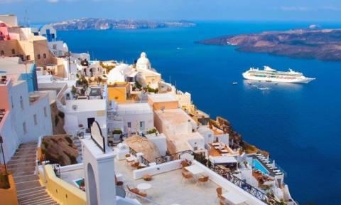 Ελλάδα: Ο πιο δημοφιλής τουριστικός προορισμός και στις κρατήσεις τελευταίας στιγμής