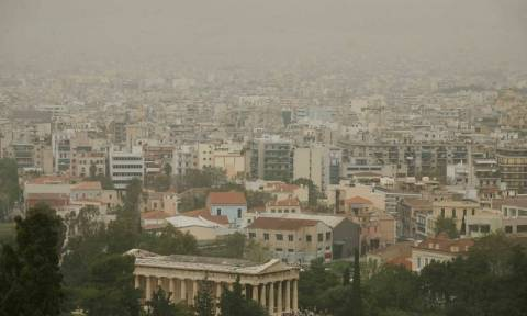 Το όζον «πνίγει» την Αττική: Ξεπέρασε τα όρια συναγερμού