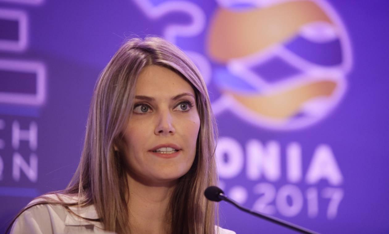 Συνέδριο Δημοκρατικής Συμπαράταξης: «Τόπο στα νιάτα» ζήτησε η Καϊλή