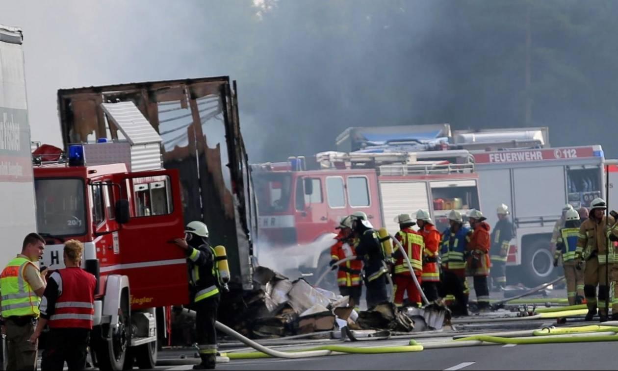 Πολύνεκρο τροχαίο με λεωφορείο στη Γερμανία: Τι γνωρίζουμε μέχρι στιγμής