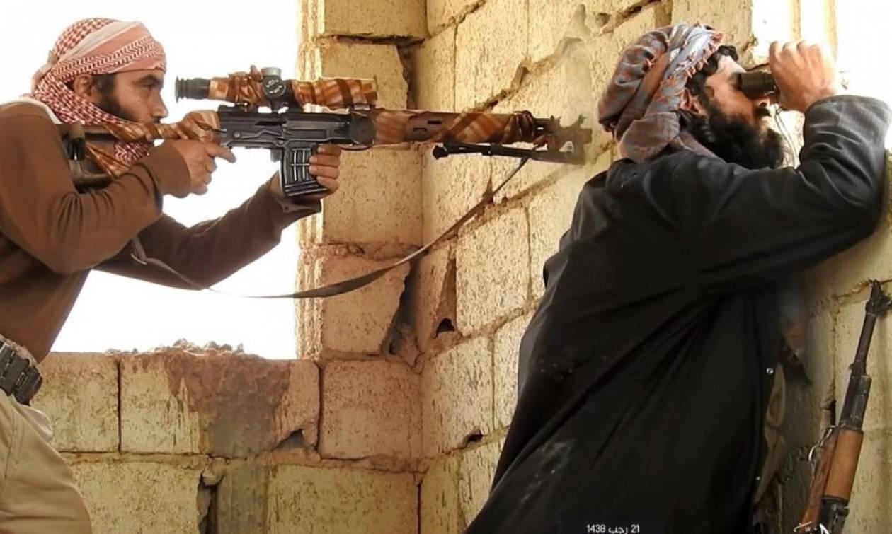 Η Ράκα φλέγεται: Ο στρατός μπήκε στην Παλιά Πόλη (Vid)