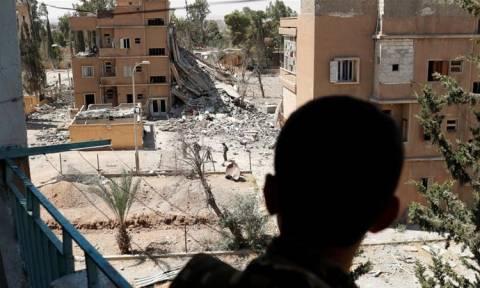 Συρία: Οι τζιχαντιστές χάνουν και τη Ράκκα