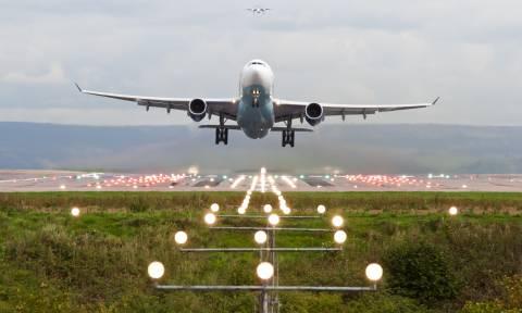 Συναγερμός στη Βρετανία: Εκκενώθηκε το αεροδρόμιο του Μάντσεστερ - Δείτε LIVE εικόνα (Pics+Vids)