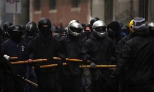 G20: «Καλώς ήρθατε στην κόλαση» - Επί ποδός πολέμου οι διαδηλωτές στο Αμβούργο (Pics)