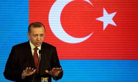 Επίθεση Ερντογάν στη Γερμανία: «Προστατεύει τους τρομοκράτες»