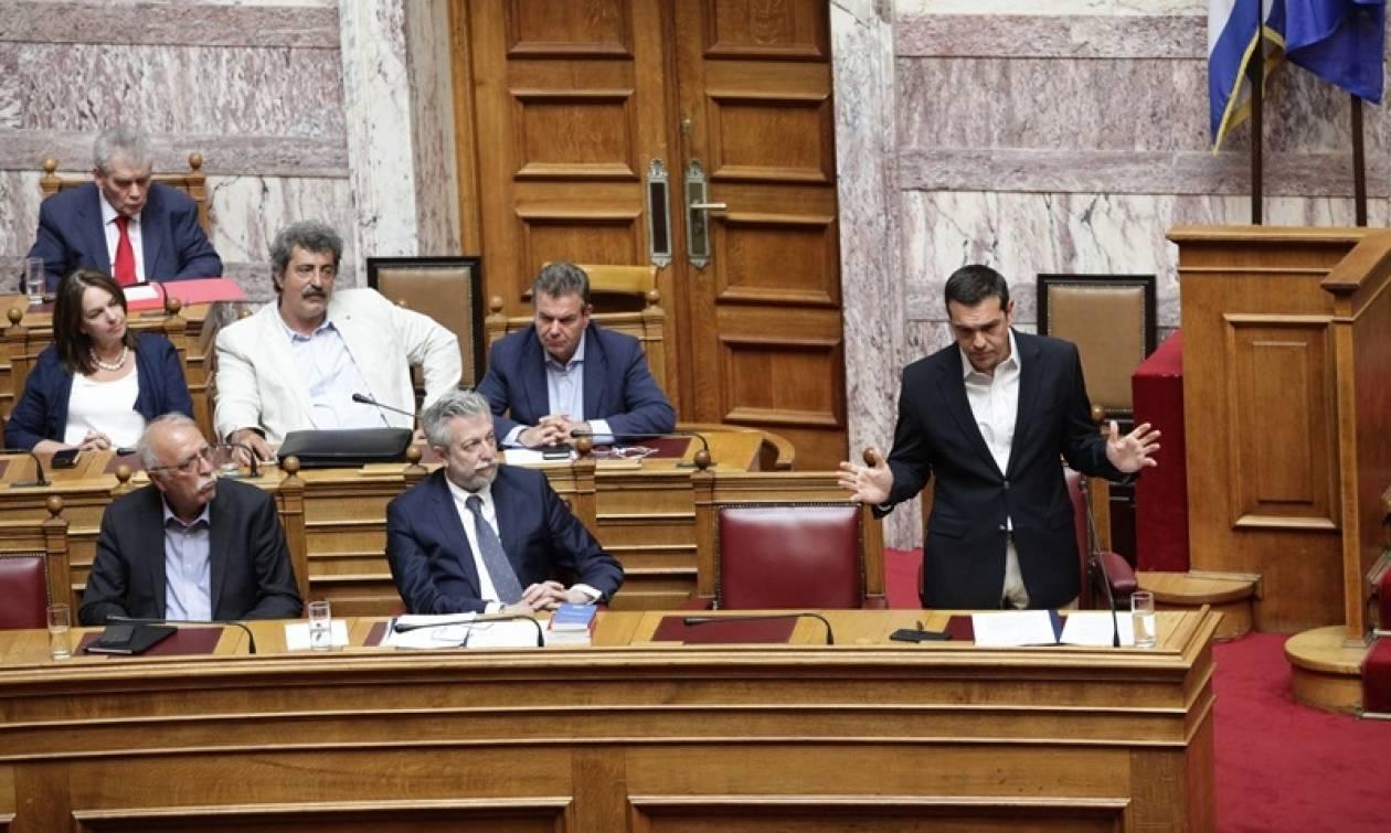 Βουλή: Σε εξέλιξη η ψηφοφορία για την άσκηση δίωξης κατά του Γιάννου Παπαντωνίου