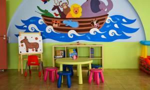 «Βόμβα» για τις οικογένειες: Εκτός παιδικών σταθμών πάνω από 55.000 παιδιά