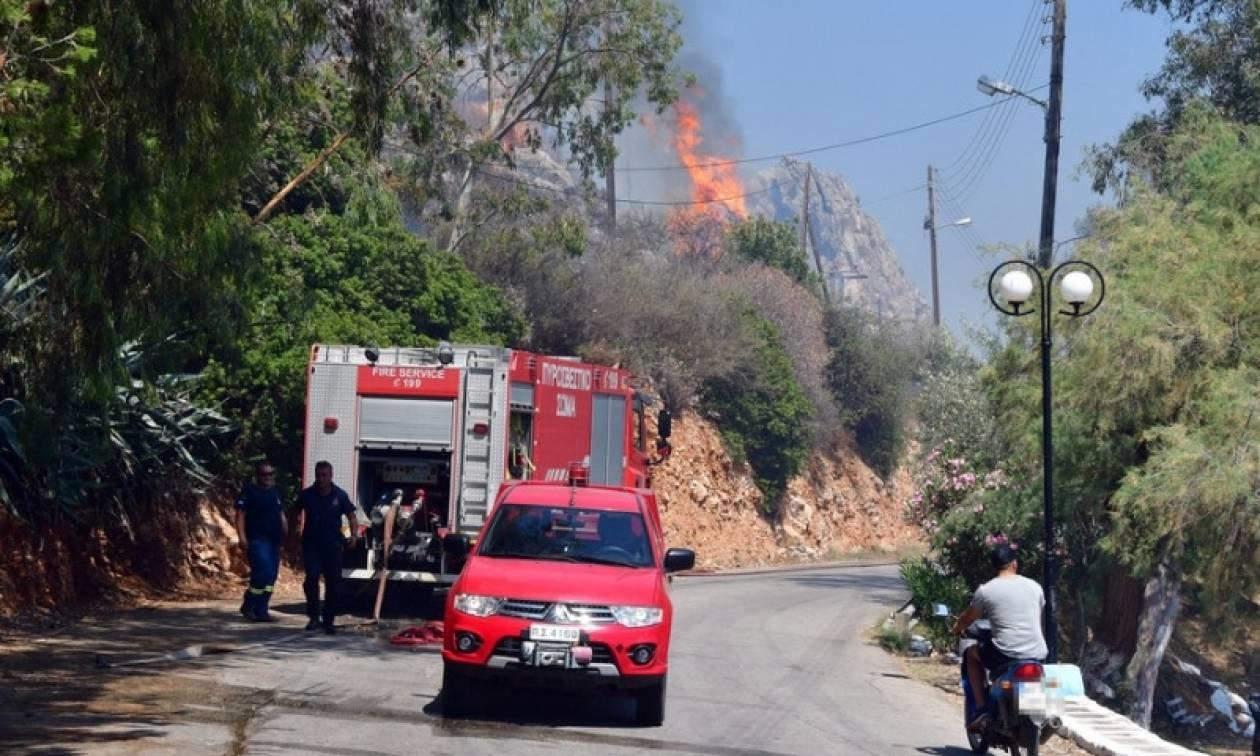 Σε επιφυλακή η Πυροσβεστική: Σε ποιες περιοχές είναι αύριο (07/07) πολύ υψηλός ο κίνδυνος πυρκαγιάς