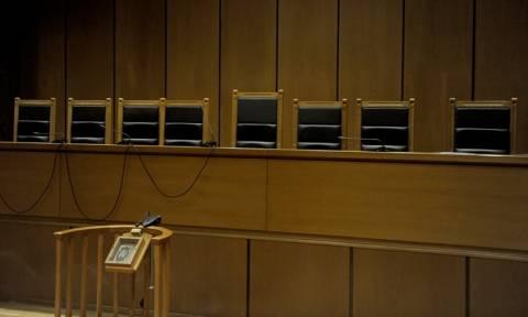 Επίθεση της Ένωσης Δικαστών και Εισαγγελέων κατά δύο υπουργών της κυβέρνησης