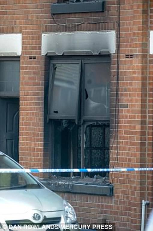 Τραγωδία στη Βρετανία: Ξεκληρίστηκε οικογένεια έπειτα από φωτιά σε διαμέρισμα (pics+vids)