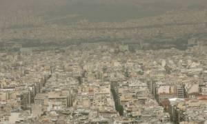«Πνίγεται» ξανά από τη ζέστη η Αθήνα: Νέα υπέρβαση ορίου για το όζον