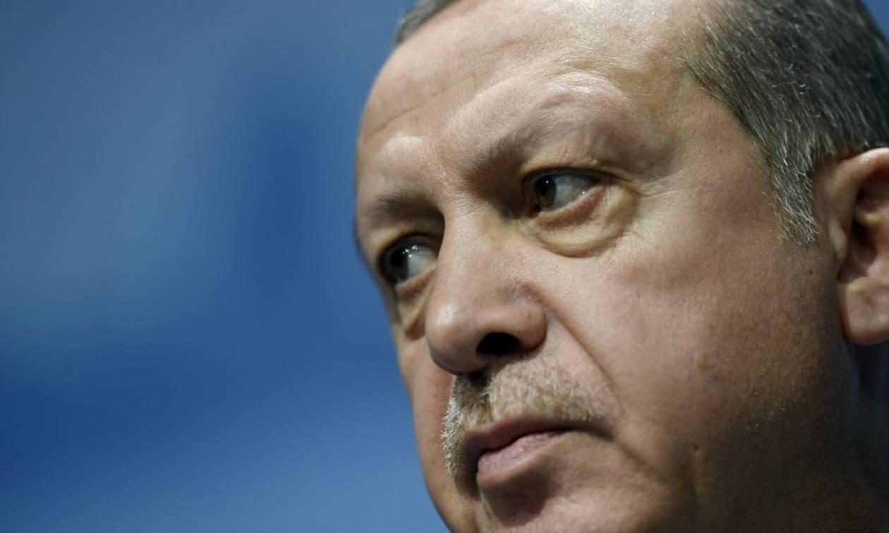 Απειλεί και πάλι ο Ερντογάν
