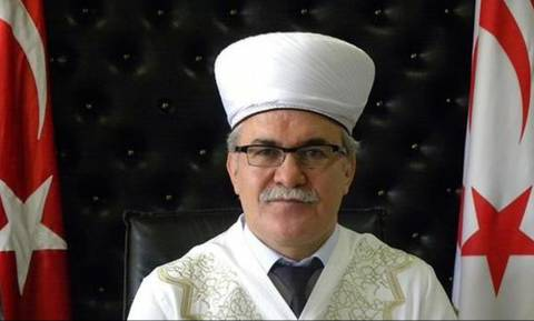 Η «παράνοια» του Ερντογάν συνεχίζεται: Έβαλε να ανακρίνουν τον μουφτή των κατεχόμενων της Κύπρου