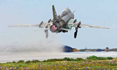 Συρία: Αεροπλάνο του Άσσαντ κατέρριψαν οι αντάρτες