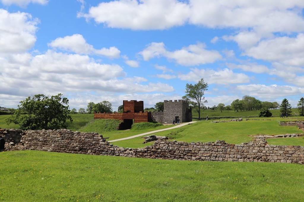 «Φέρτε μας κι άλλη μπύρα»: Απίστευτα μηνύματα Λεγεωνάριων αποκάλυψαν έρευνες στο Τείχος του Αδριανού