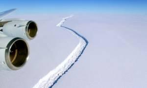 Συναγερμός στην Ανταρκτική: Αποκόπηκε ένα από τα μεγαλύτερα παγόβουνα που έχουν καταγραφεί ποτέ
