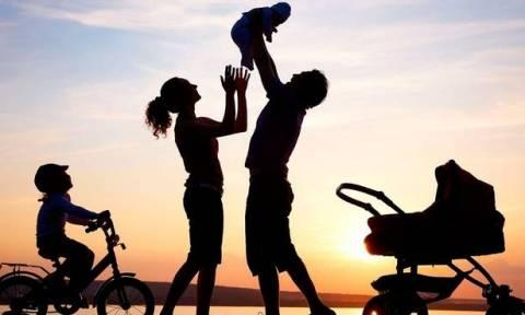 ΟΓΑ οικογενειακό επίδομα: Πότε πληρώνεται η β' δόση για το Α21 - Ποιοι οι δικαιούχοι