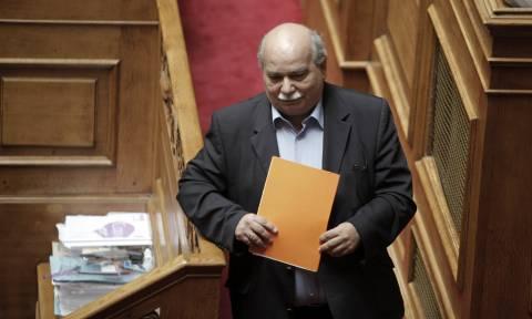 Φάκελος της Κύπρου: Στη Λευκωσία ο Βούτσης για να παραδώσει αντίγραφα του αρχείου