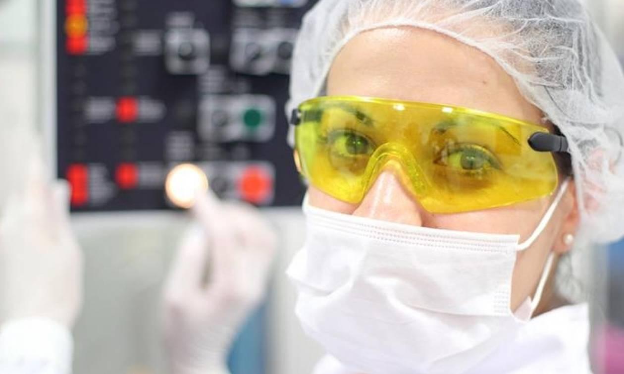 Η φαρμακοβιομηχανία προειδοποιεί - Ένα άτακτο Brexit μπορεί να θέσει ασθενείς σε κίνδυνο