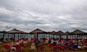 Καιρός τώρα: Ξεχάστε το καλοκαίρι - Έρχονται βροχές, καταιγίδες και χαλάζι