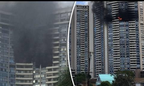 «Ξύπνησαν» μνήμες Γκρένφελ: Tρεις νεκροί σε πυρκαγιά πολυώροφου κτηρίου στη Χονολουλού (vid)
