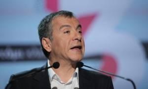 Θεοδωράκης: ΝΔ και ΠΑΣΟΚ εξέθρεψαν το κομματικό κράτος
