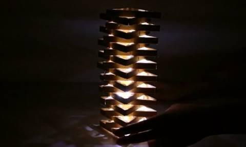 Αυτό το απίστευτο φωτιστικό θα το φτιάξετε με κάτι που έχετε στο μπαλκόνι σας... (video)