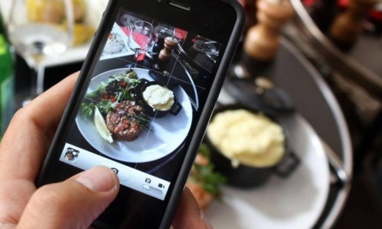 Εστιατόριο στο Λονδίνο προσφέρει μαζί με το γεύμα εξοπλισμό για φωτογραφίες!