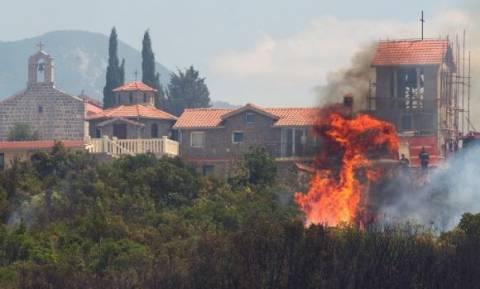 Έκκληση απόγνωσης από το Μαυροβούνιο για να μπορέσει να θέσει υπό έλεγχο τις τεράστιες πυρκαγιές