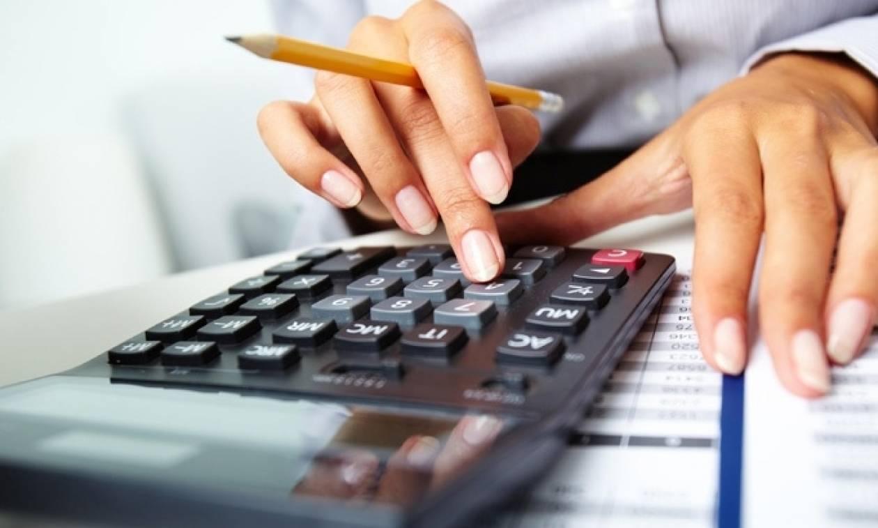 Φορολογικές δηλώσεις 2017: Φόρος 3.237 ευρώ για εισόδημα 921 ευρώ!