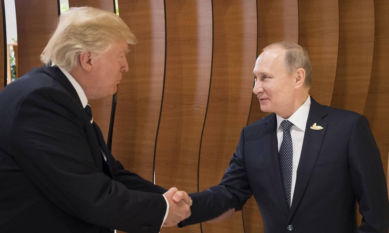 Κορυφώνεται το μυστήριο: Τι συνέβη στην κρυφή συνάντηση μεταξύ Τραμπ και Πούτιν;
