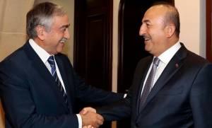 На Кипре состоялась встреча Мевлюта Чавушоглу и Мустафы Акынджи