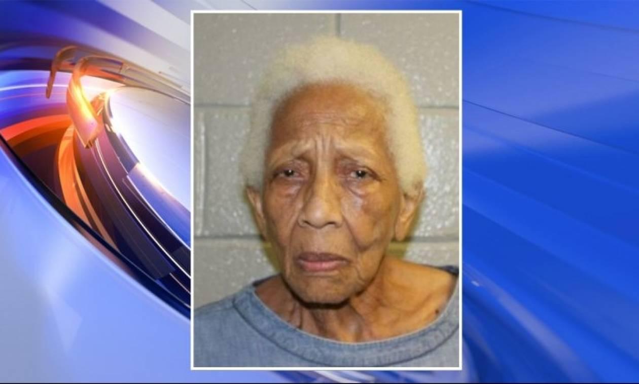Αδιόρθωτη: Συνελήφθη ξανά 86χρονη κατά συρροή κλέφτρα κοσμημάτων!
