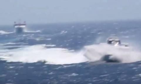 Φολέγανδρος: Βίντεο που «κόβει την ανάσα» - Τεράστια κύματα «καταπίνουν» Sea Jet 2 και Aqua Spirit!