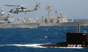 Όλοι οι στόλοι σε Καστελόριζο και Κύπρο – Μία σπίθα αρκεί για να ξεσπάσει πολεμική σύρραξη