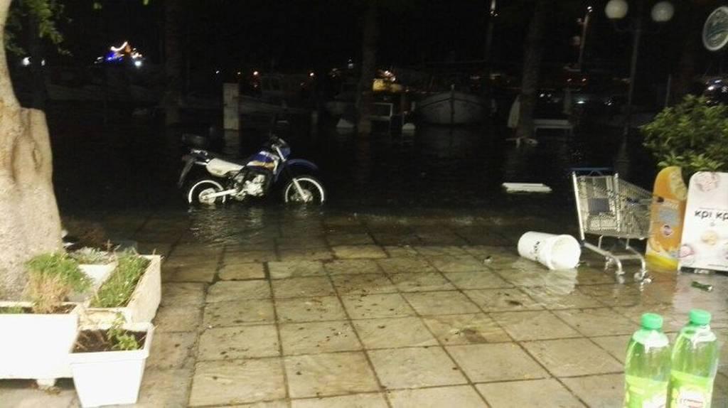 Ισχυρός σεισμός στα Δωδεκάνησα: Προειδοποίηση για τσουνάμι