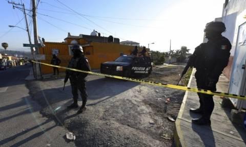 Μεξικό: Πέντε νεκροί και δέκα τραυματίες στην πόλη του Μεξικού