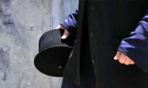 ΣΟΚ στην Αττική: Συνελήφθη ιερέας - Έστελνε γυμνές φωτογραφίες σε 14χρονο