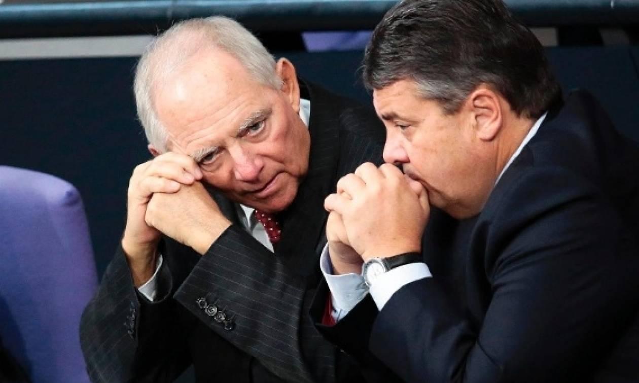 «Καρφιά» Σόιμπλε κατά Γκάμπριελ: Ήθελε κι αυτός Grexit το 2015
